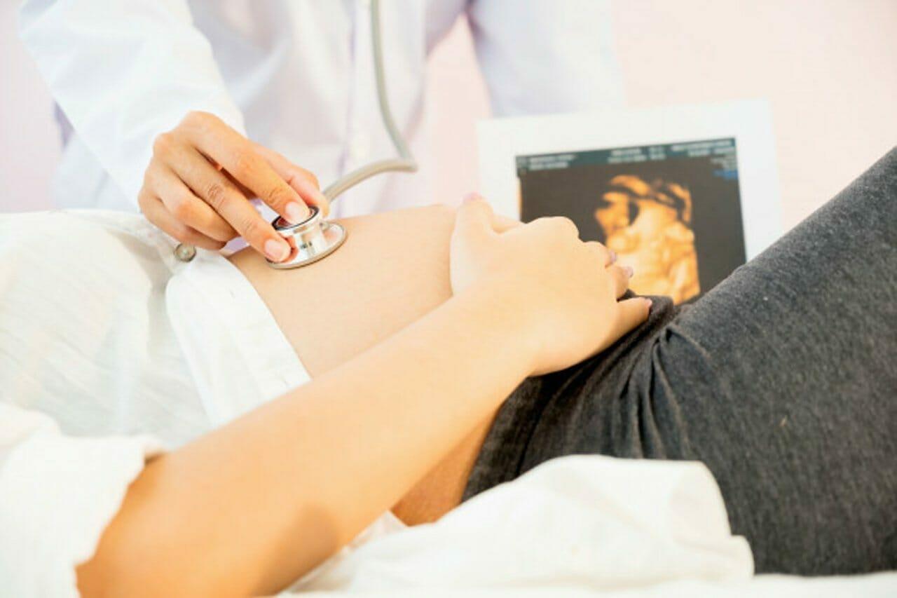 """עו""""ד נעמי קויפמן ניב I תביעות רשלנות רפואית I רשלנות רפואית בהריון ולידה"""